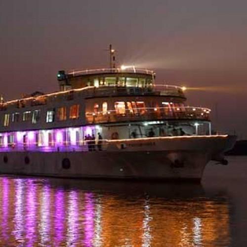 Luxury Ganga Cruise from Kolkata to Patna