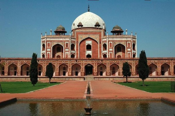 Beautiful_Mausoleums_Humayun_Tomb