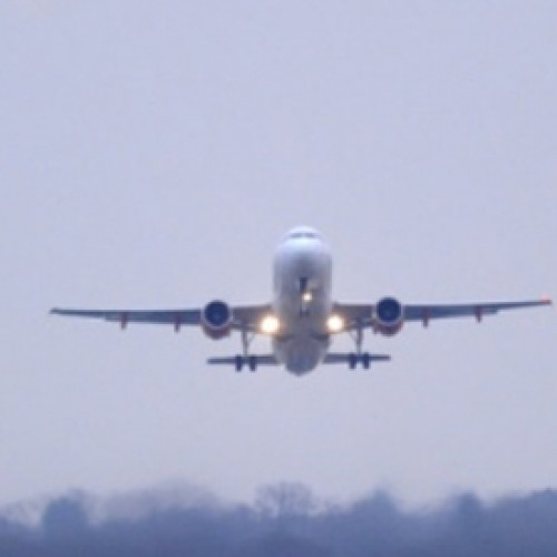 UK government delays runway decision