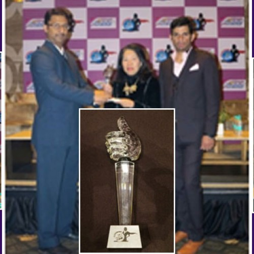 "Director Tourism Authority of Thailand (TAT) New Delhi awarded as ""Super Women"""