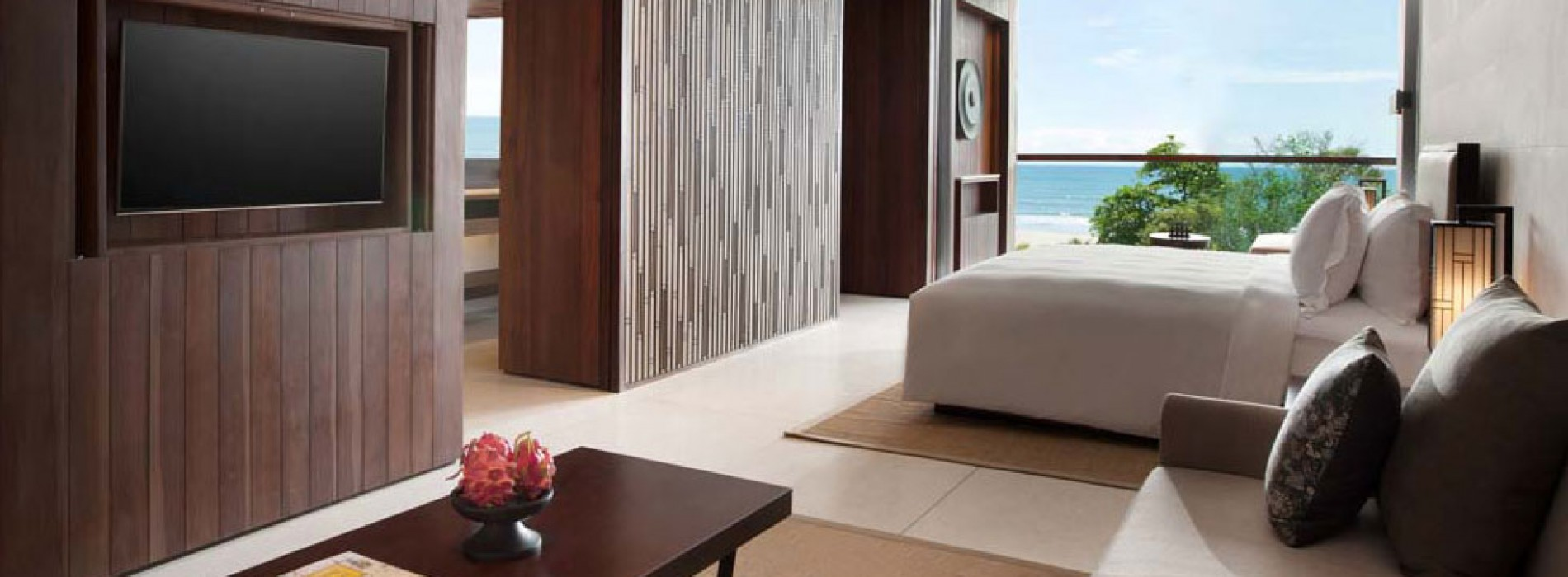 ALILA SEMINYAK– ON THE BEACH AND MAKING WAVES!