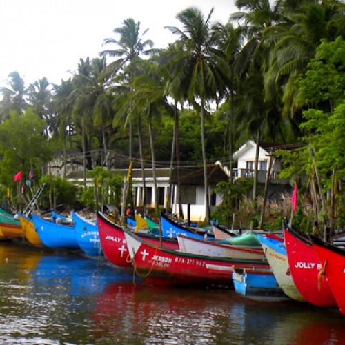 Relish the splendor of the Monsoon