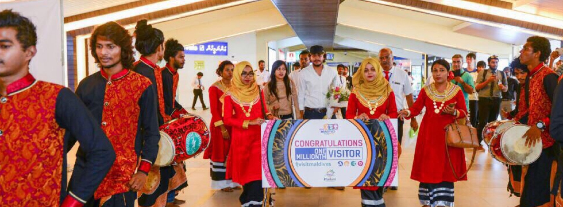 Milestone of 1,000,000th visitor of visit Maldives year 2016