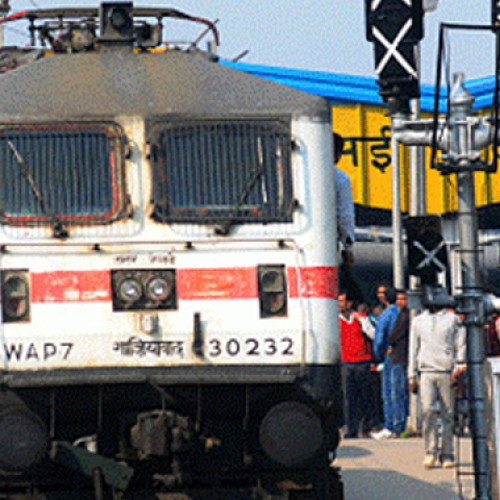 Railways announce 10 per cent rebate in vacant train berths