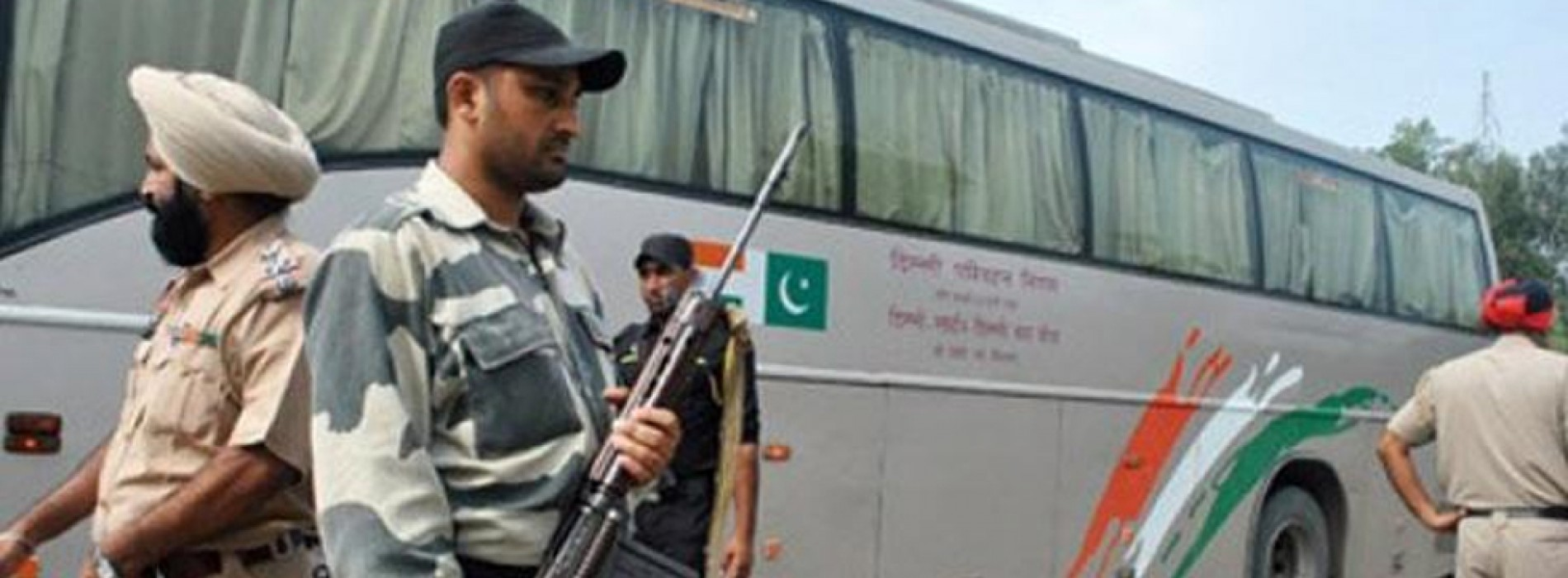 Bus and rail links between India and Pakistan are placed on high alert after intelligence warns terrorists could target Republic Day celebrations