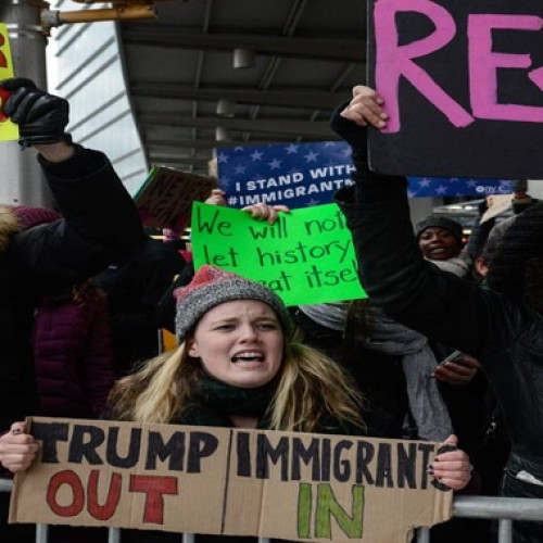 US says green card holders exempted from travel ban