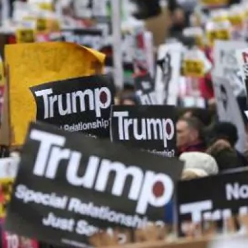 Thousands march in London against Trump travel ban