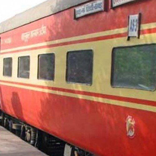 Rajdhani rides could be 30% faster, travel from Delhi to Mumbai in 12 hours
