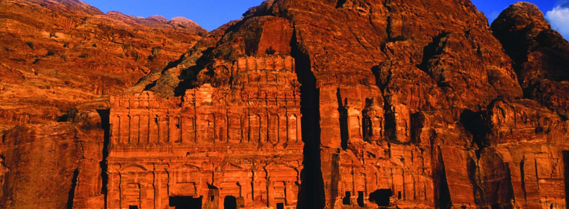 A Destination Wedding in Jordan will get you a Luxury Honeymoon of 7 Nights sponsored by Jordan Tourism Board!