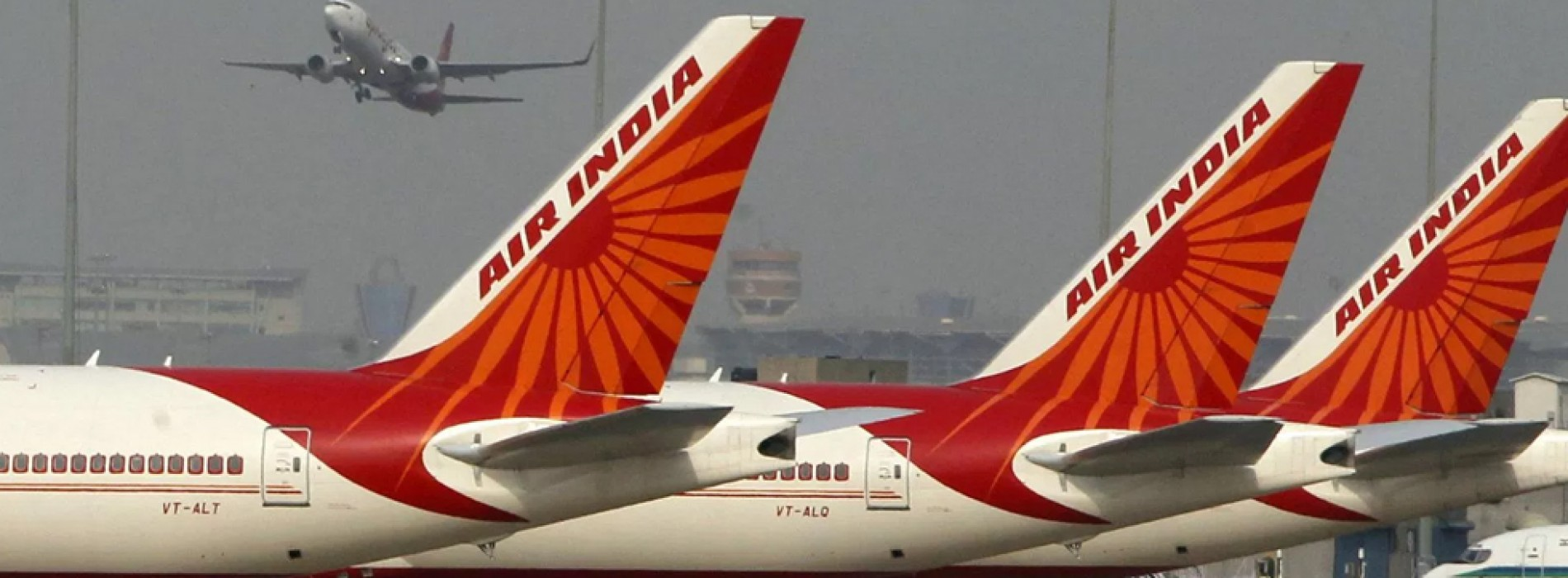Air India sale: Govt invites bids to appoint banks and lawyers to oversee disinvestment