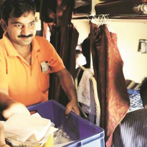 IRCTC to offer ready-to-eat food soon to passengers