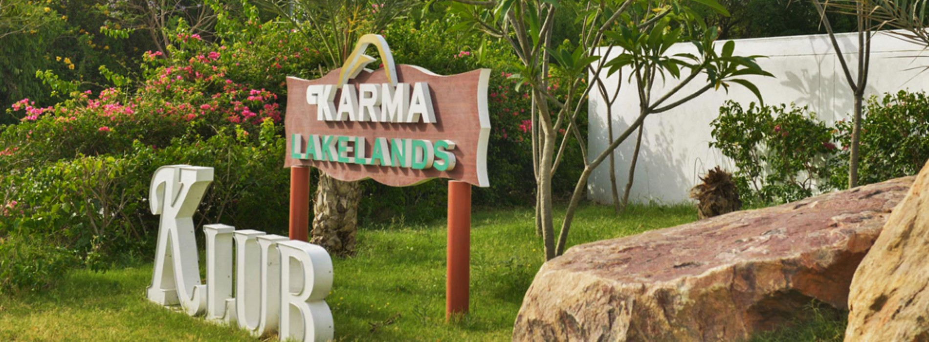 Experience a healthy lifestyle, filled with excitement & activities for everyone at Karma Lakelands
