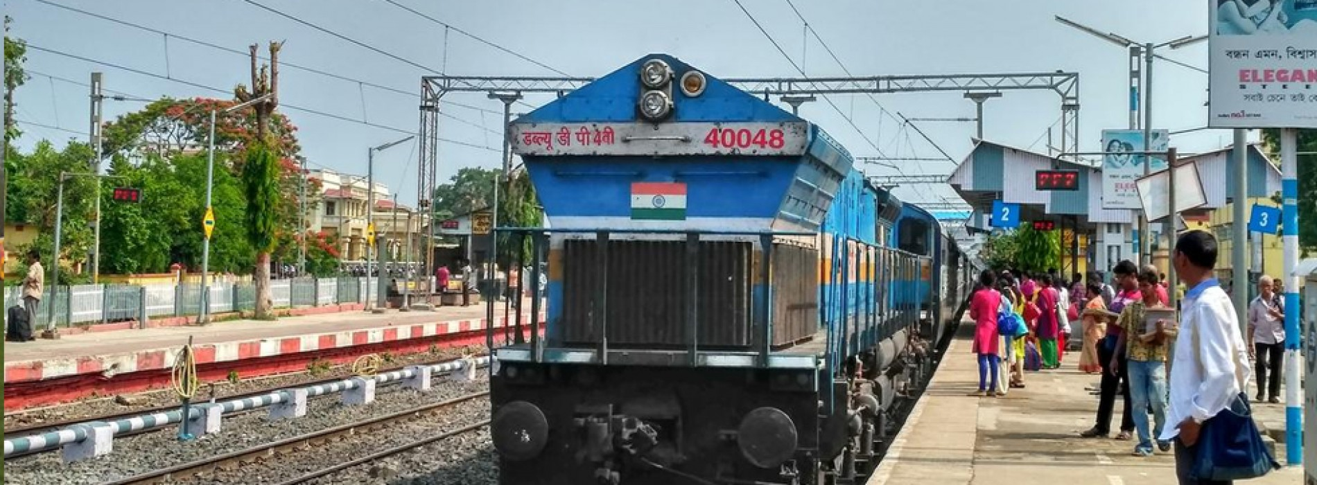 Eastern Railway recreates first journey of electric train