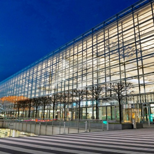 "Successful cooperation between Lufthansa and the airport: Munich's ""10-Star"" Hub"