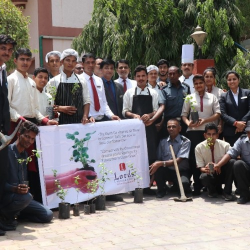 Lords Inn – Vadodara pledges to save the earth on World Environment Day