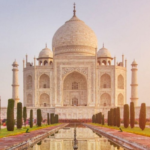 Supreme Court slams Centre for poor maintenance of Taj Mahal