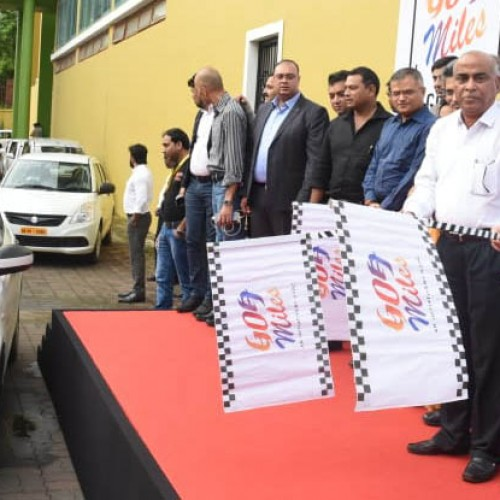 Goa CM launches GTDC's Taxi App 'Goamiles'