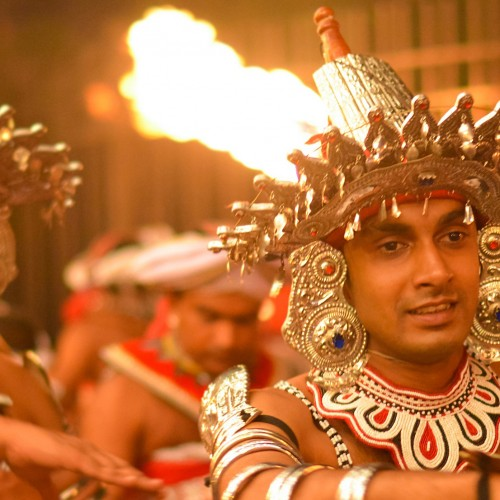 Experience the Kandy Esala Perahera with Cinnamon Citadel Kandy