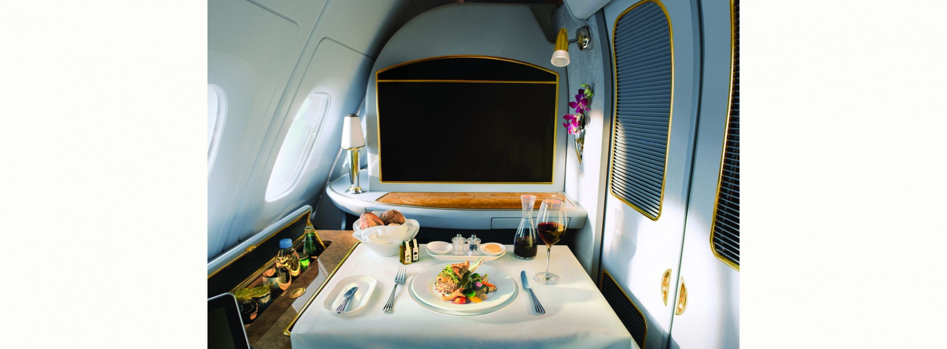 Emirates launches exclusive Food and Wine channels for inflight entertainment system