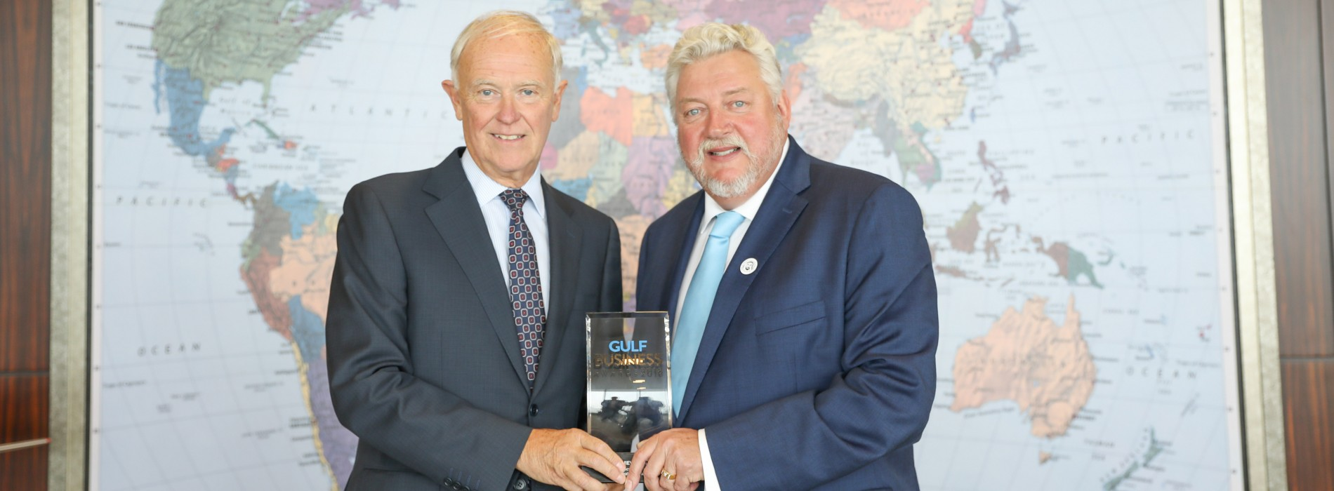 Sir Tim Clark named Aviation and Transport Business Leader of the Year at the Gulf Business Awards 2018